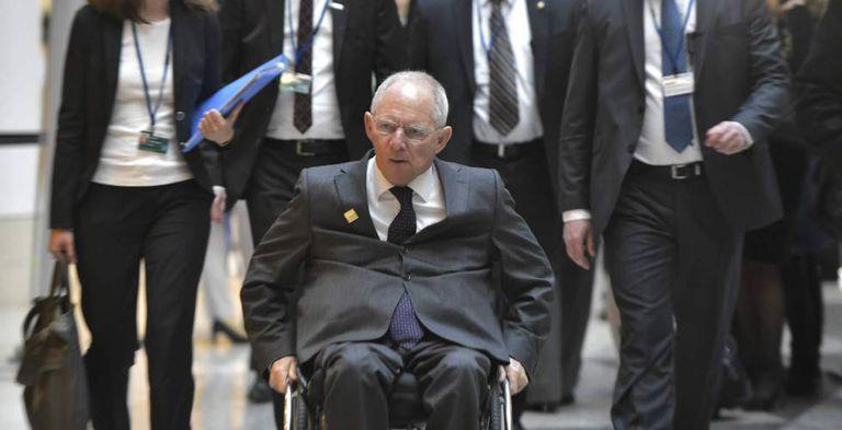 O ministro das Finanças da Alemanha, Wolfgang Schaeuble, chega à cúpula do G-20 na sexta-feira em Washington.