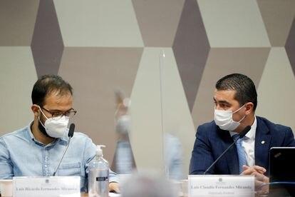 O servidor Luis Ricardo Miranda e o deputado Luis Miranda na CPI da Pandemia.