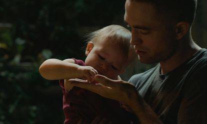 Robert Pattinson, em uma imagem de 'High Life'.