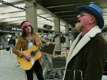 U2 toca no metrô de Nova York