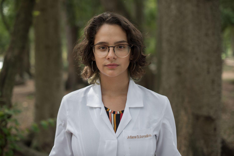 Juliana Estradioto, vencedora do Prêmio Jovem Cinetista do CNPq na Categoria Ensino Médio.