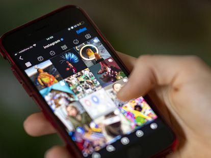 Aplicativo do Instagram num smartphone.