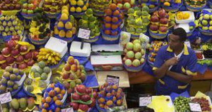 Vendedor de frutas do Mercado Municipal de São Paulo.