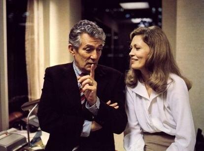 Peter Finch e Faye Dunaway em 'Rede de Intrigas', a sátira televisiva de Sidney Lumet pela que Dunaway ganhou o Oscar de melhor atriz.
