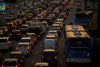 Trânsito em São Paulo.