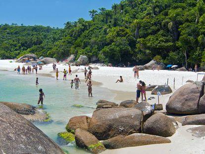 Praia do Campeche, em Florianópolis, destino preferido dos argentinos.