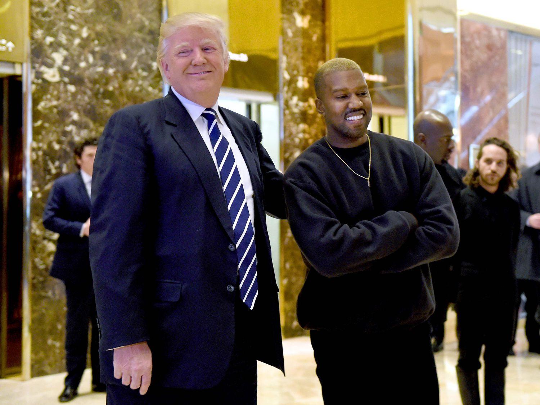 Kanye West com o presidente dos Estados Unidos, Donald Trump, em dezembro de 2016.