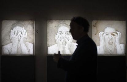 Uma obra de Marina Abramovic exposta em 2020 na Factum Art, em Madri.