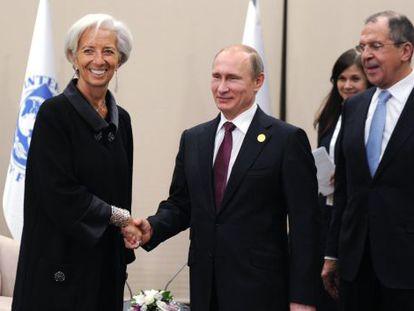 A diretora-gerente do FMI, Christine Lagarde, com o presidente russo Vladimir Putin em Antalya (Turquia), em 16 de novembro de 2015.