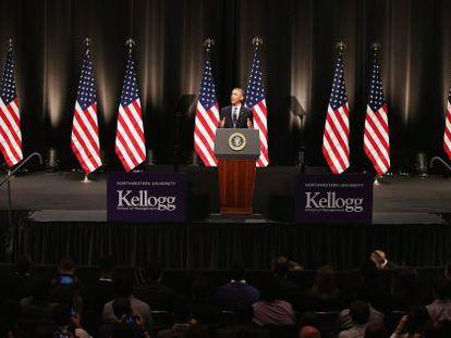Obama fala para os estudantes da Northwestern University.