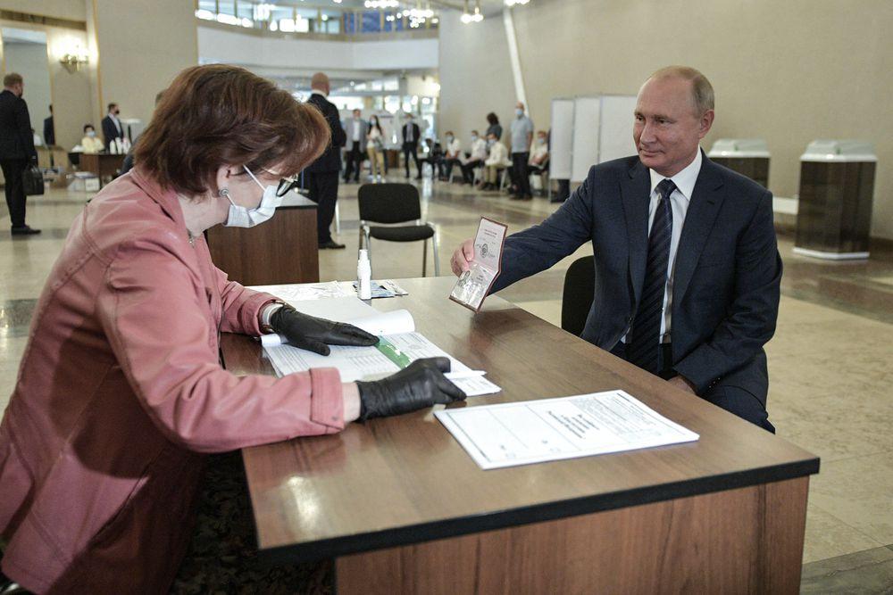 Rússia apoia manobra eleitoral de Putin para alterar a lei e conseguir ficar no poder – EL PAÍS Brasil