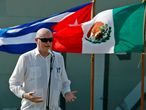 El ministro de comercio exterior de Cuba, Rodrigo Marmierca, habla durante la llegada de un barco con ayuda humanitaria de México este 30 de julio.