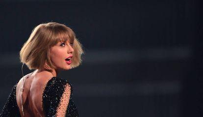 Taylor Swift numa imagem de 2016.