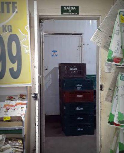 Um dos depósitos do supermercado onde adolescente foi torturado.