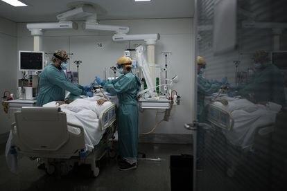 UTI para pacientes de coronavírus de hospital de Barcelona, em 28 de outubro de 2020.