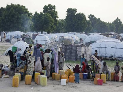 Refugiados no acampamento de Muna, na Nigéria.