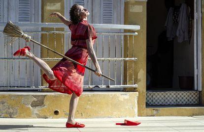 A atriz Marcélia Cartaxo em cena de 'Pacarrete'.