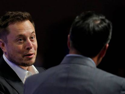 Elon Musk responde às perguntas do governador de Nevada