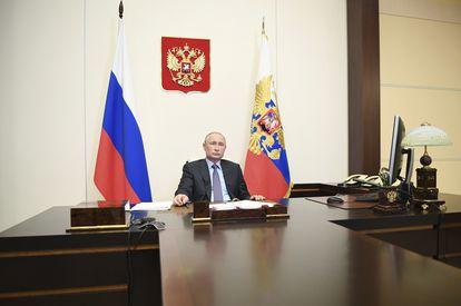 Putin durante uma videoconferência ministerial, em sua residência de Novo-Ogaryovo, nos arredores de Moscou, na última quinta-feira.
