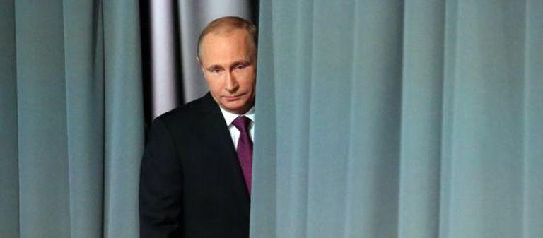 O presidente da Rússia, Vladimir Putin, após entrevista coletiva na sexta-feira.