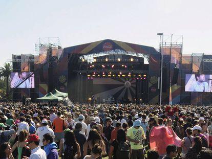 Público da edição passada do Lollapalooza no Chile.