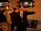 U.S. Defense Secretary Mark Esper visits DC National Guard military officers guarding the White House amid nationwide unrest following the death in Minneapolis police custody of George Floyd, in Washington, U.S., June 1, 2020.   REUTERS/Carlos Barria