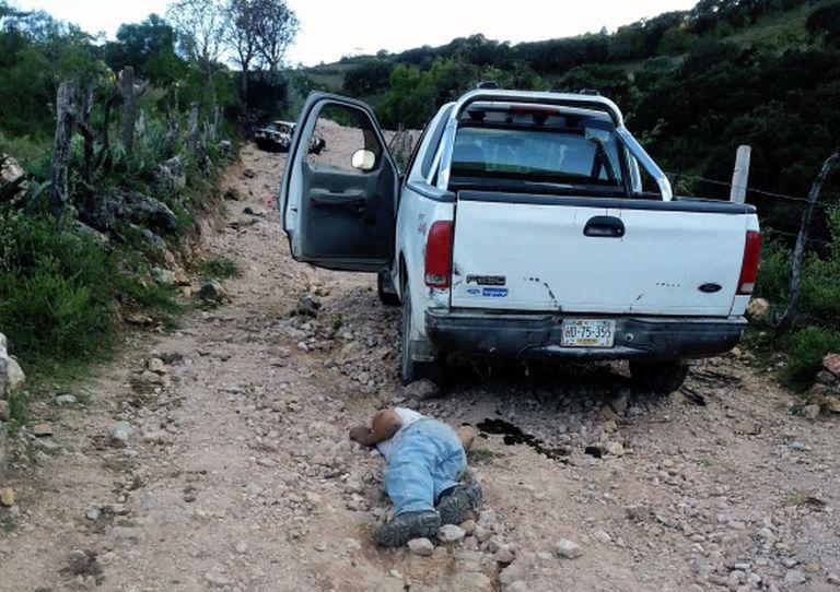 Corpo de um familiar do ex-chefe de polícia em Chilapa, Guerrero.