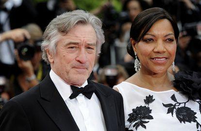 O ator Robert De Niro e Grace Hightower, de quem se divorciou em 2018, durante o 64º Festival de Cannes, realizado na cidade costeira francesa em maio de 2011.