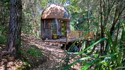 Uma cabana em forma de cogumelo é a casa mais visitada no mundo via Airbnb
