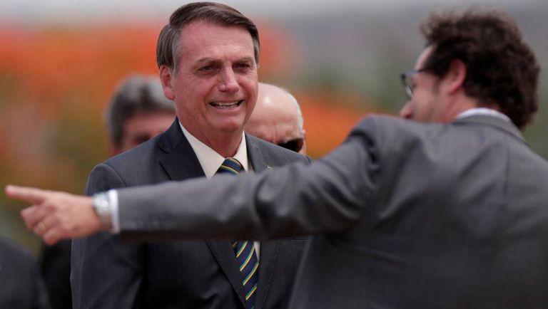 Bolsonaro na cerimônia do Dia do Bandeira.