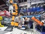 Robot presentado en la Feria Internacional de la Industria de China, en Shanghái, el pasado 15 de septiembre.
