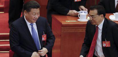 O primeiro-ministro chinês, Li Keqiang (direita), com o presidente Xi Jinping.
