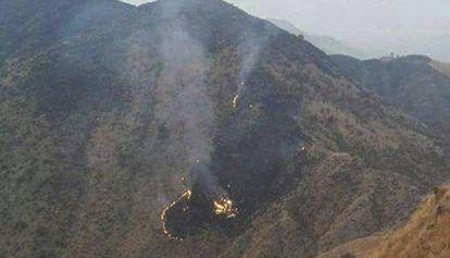 As primeiras imagens do avião que caiu no Paquistão.