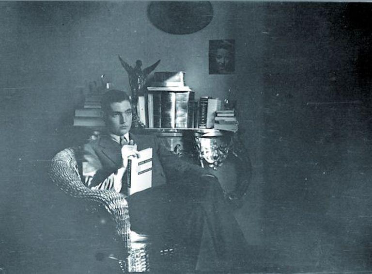 Julio Cortázar em sua juventude.