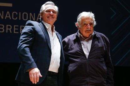 Alberto Fernández com José Mujica, numa conferência na última sexta-feira.