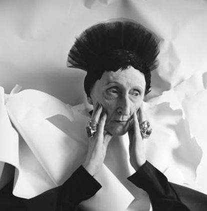 Edith Sitwell, retratada em 1962.