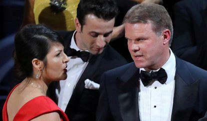 À direita, Brian Cullinan com Martha Ruiz.