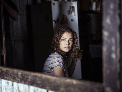 Dolores Fonzi é Paulina no filme de Santiago Mitre.