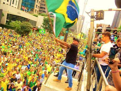 Alexandre Frota, durante uma manifestação pelo impeachment de Dilma Rousseff.