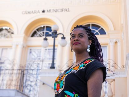Primeira vereadora negra eleita na Câmara de Curitiba, Carol Dartora recebeu ameaças de morte por e-mail