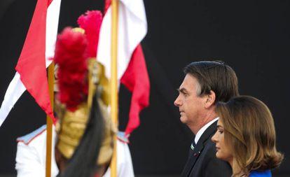 Jair e Michelle Bolsonaro no dia 17, em evento do Exército.
