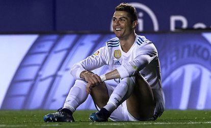 Cristiano Ronaldo contra o Levante.