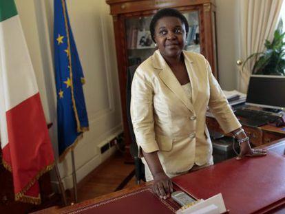 Cécile Kyenge em seu gabinete, em Roma.