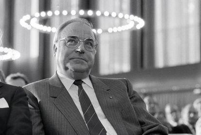 O chanceler Helmut Kohl, em 1991 em Bonn, então a capital.