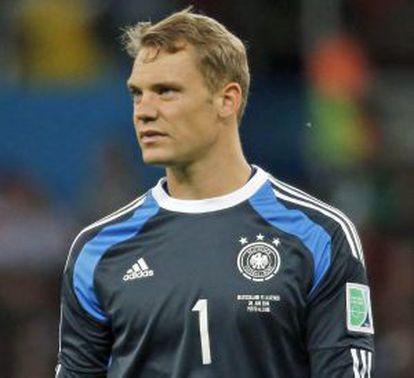 Neuer, na partida contra a Argélia.