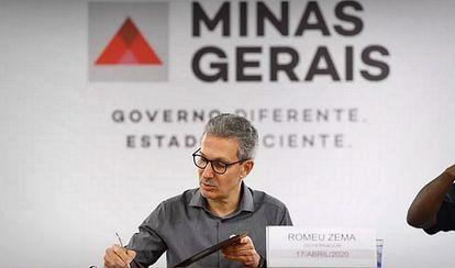 Romeu Zema, governador de Minas, em reunião sobre a pandemia.