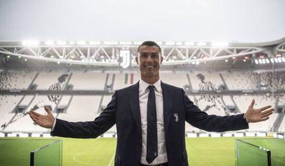 Cristiano Ronaldo em sua apresentação na Juventus.
