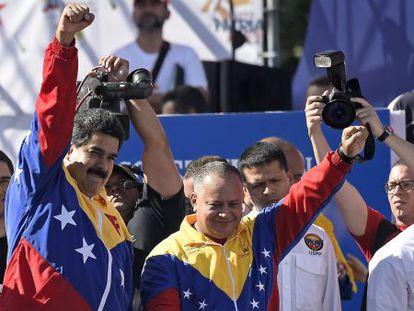Maduro e Cabello em Caracas, em 15 de dezembro.