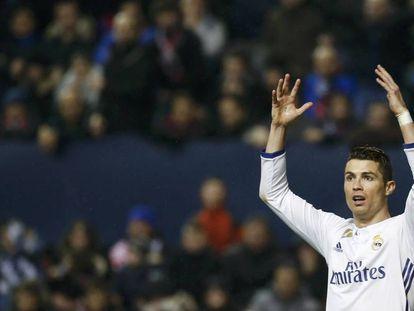 Cristiano, no jogo contra o Osasuna.