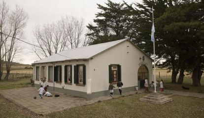Uma escola rural na província de Buenos Aires.